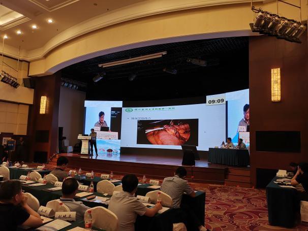 佟明教授《全腹腔镜下回肠膀胱术》